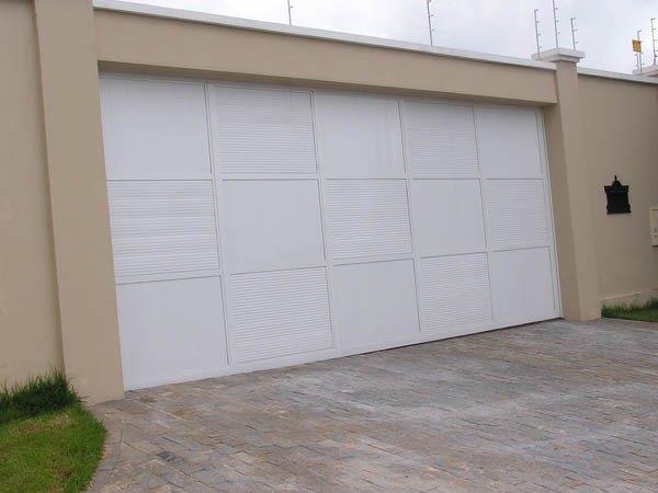 Fábrica de portão de alumínio