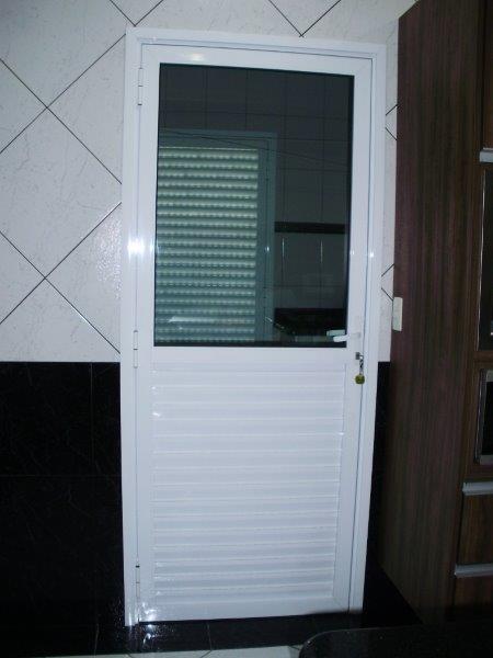 Fabrica de portas de alumínio