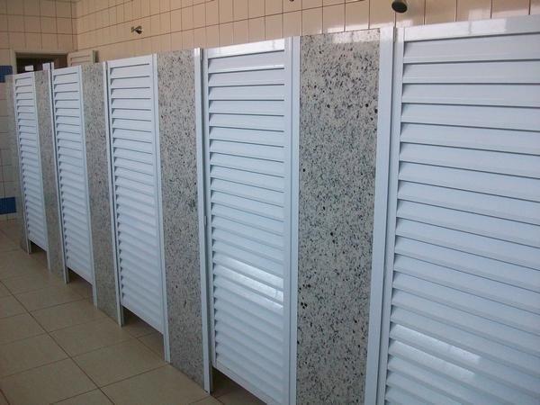 Fábrica de portas de alumínio