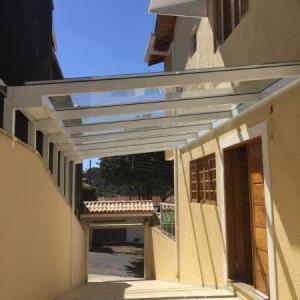 Cobertura de vidro para garagem preço